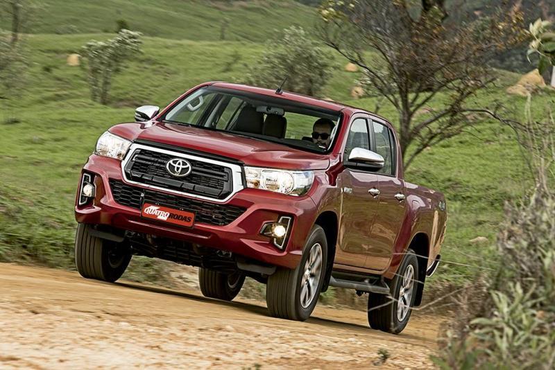 Toyota Hilux e SW4 2020 ganham airbags, ESP e nova central multimídia