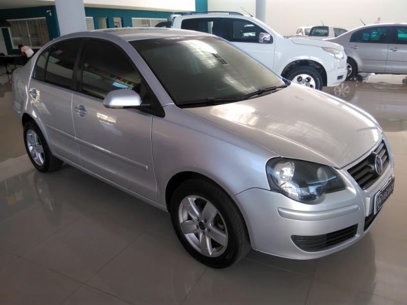 Polo Sedan - 2010/2011